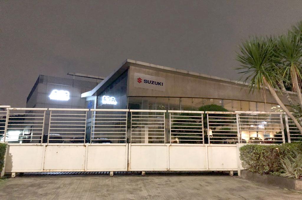 Dealer Infiniti di TB Simatupang sudah berganti menjadi Suzuki. Medcom.id/Ekawan Raharja