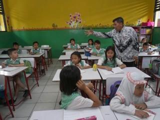 Guru Berperan Penting Tanamkan Nilai Kebangsaan pada Siswa