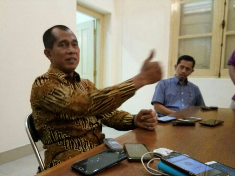 Ketua Komisi I DPR Abdul Kharis Almasyhari di Kota Solo, Jawa Tengah, Kamis, 17 Mei 2018. Medcom.id/Pythag Kurniati