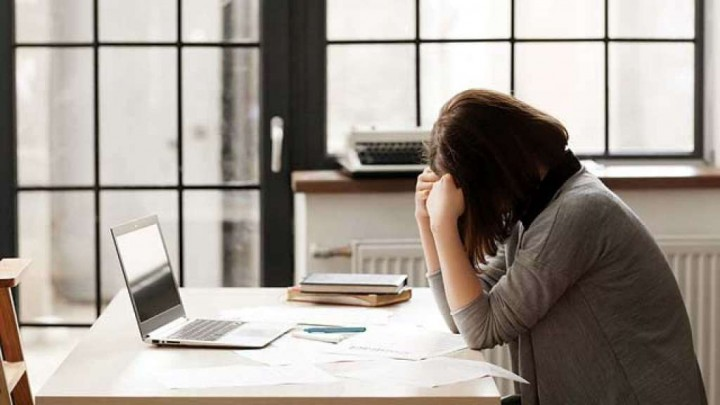 Mengatasi Stres di Tempat Kerja Selama Puasa