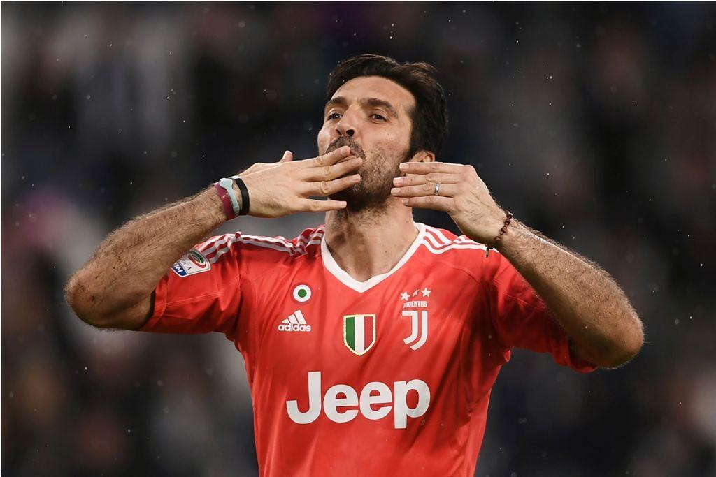 Gianluigi Buffon (AFP PHOTO / MARCO BERTORELLO)