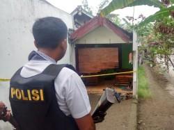 Puluhan Buku Jihad Ditemukan di Rumah Terduga Teroris Mojokerto