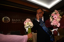 RDG Terakhir, Agus Martowardojo dapat Kejutan dari Wartawan