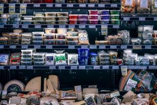 Tips Mempertahankan Kesegaran Makanan dalam Kulkas Saat Bulan Puasa