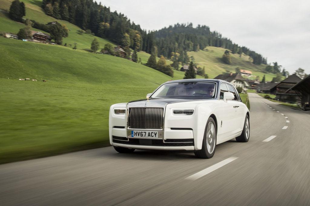 Rolls-Royce belum berencana hadirkan mobil otonom. Rolls-Royce