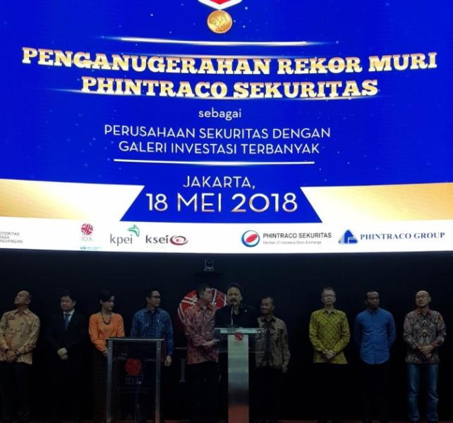 ?Phintraco Sekuritas Bangun Galeri Investasi Terbanyak. (FOTO: Medcom.id/Dian Ihsan)