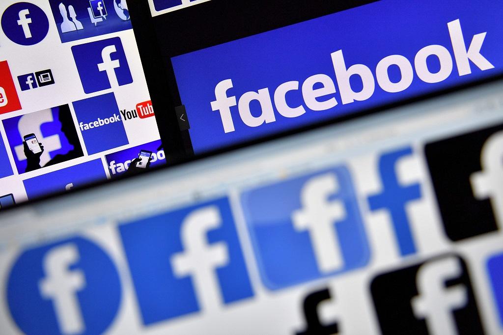 Facebook mulai uji tampilkan iklan di Stories. (PHOTO / LOIC VENANCE)