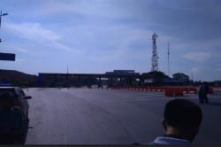 Polda Buru Pelaku Buang Benda Mencurigakan di Tol Sidoarjo