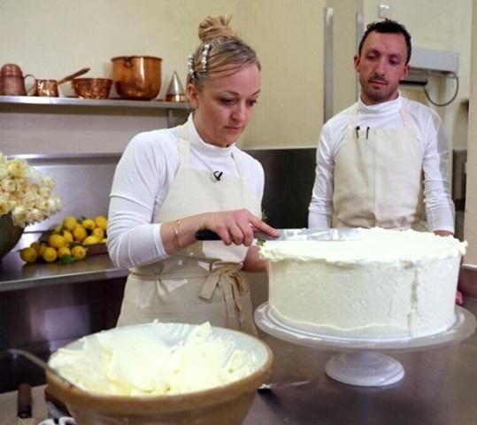 Pihak Kerajaan Inggris pada Jumat, 18 Mei 2018 juga telah mengatakan bahwa kue Lemon Elderflower yang dipilih oleh Pangeran Harry dan Meghan Markle telah siap. (Foto: Courtesy of Kensingtonroyal/@kensingtonroyal)