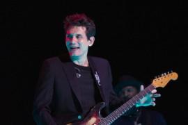 Berdansa dengan Lagu Terbaru John Mayer, New Light