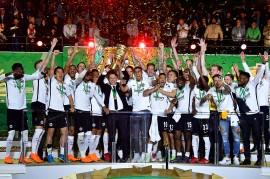 Tekuk Munchen 3-1, Frankfurt Raih Juara Piala Jerman