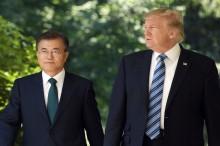 Trump-Moon Diskusikan Korut yang Ancam Batalkan Pertemuan
