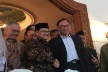 Kelakar Anwar Ibrahim soal Istrinya yang akan Jadi Wakil PM