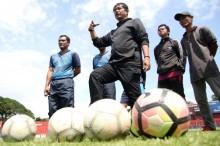 Indra Sjafri Enggan Berspekulasi Peluang Timnas di Piala AFF dan AFC  U-19