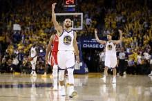 Cukur Rockets, Warriors Kembali Unggul Agregat