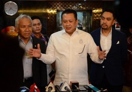 Ketua DPR Bambang Soesatyo (berkemeja putih)/MI/Mohamad Irfan