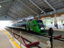 Presiden Resmikan Kereta Bandara Minangkabau Ekspres