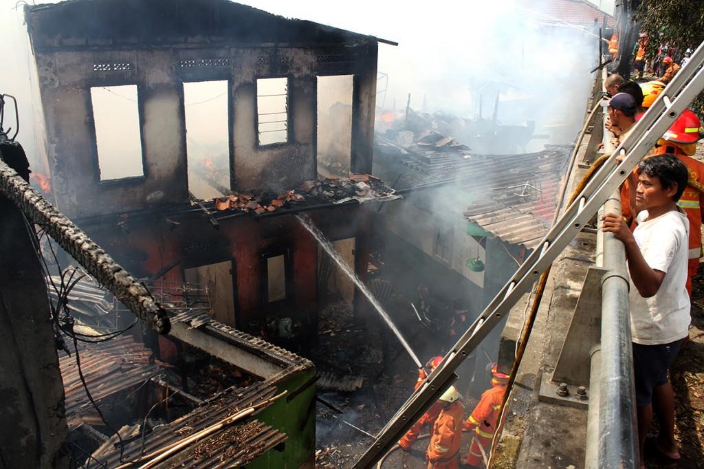 Puluhan Rumah di Cipinang Muara dan Pondok Bambu Terbakar
