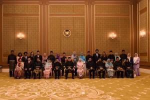 Raja Malaysia Resmi Lantik Kabinet Mahathir Mohamad