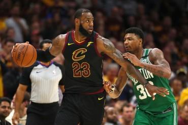 James Tak Terbendung, Cavaliers Samakan Kedudukan