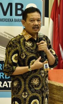 Serahkan Hasil UN, Kemendikbud Beri Provinsi Pesan Khusus