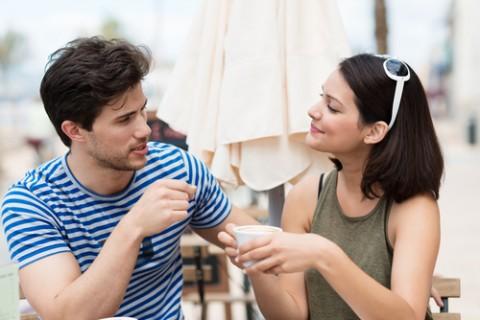 Survei Wanita Tertarik Dengan Pria Berkaki Jenjang