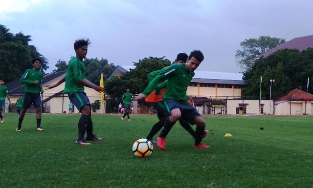 Egy Maulana Vikri, pemain Timnas U-19 yang terakhir bergabung di pemusatan latihan di Yogyakarta. (Medcom.id-Ahmad Mustaqim)