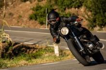 Tren Motor Kustom, Pancing Produsen Bikin Helm Klasik