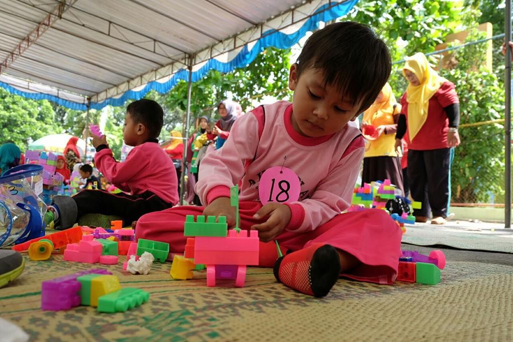 Anak-anak peserta lomba aneka permainan di Gebyar PAUD.  Foto: MI/Djoko Sardjono.