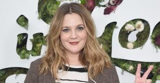 Tips Memilih Krim Mata yang Tepat dari Drew Barrymore