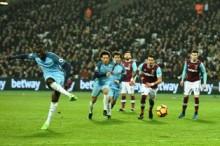 Yaya Toure Buka Peluang Gabung Manchester United