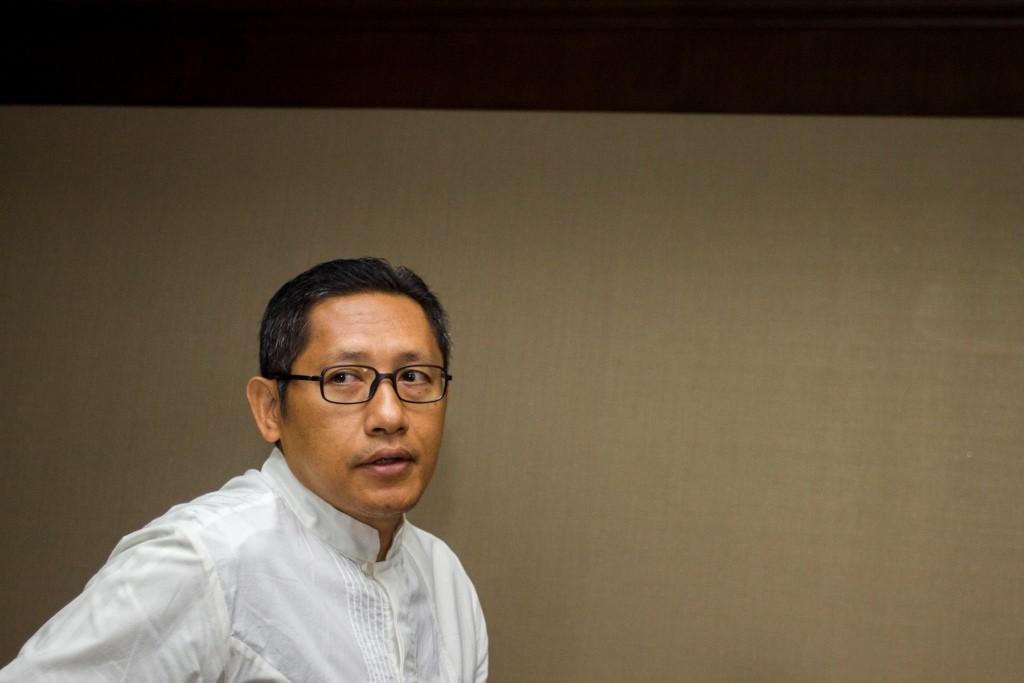 Terpidana korupsi proyek Hambalang Anas Urbaningrum bergegas mengikuti sidang pengajuan PK atas vonisnya di Pengadilan Tipikor, Jakarta. Foto: Antara/Galih Pradipta.