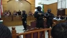 Dentuman di PN Jaksel Berasal dari Tong Berisi Cairan Kimia