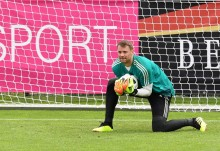 Loew Optimistis Neuer Tampil di Piala Dunia