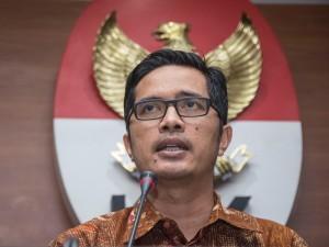 KPK Perpanjang Penahanan Tersangka Suap Wali Kota Kendari