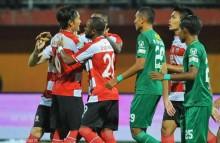 Madura United Berbagi Poin dengan Persebaya