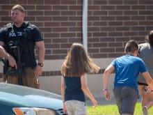 Penembakan di Sekolah Indiana Melukai Dua Orang
