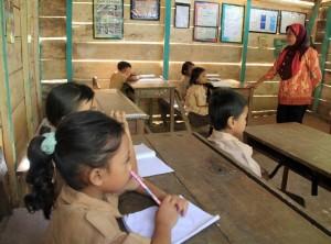Pemerintah Diminta Perhatikan Nasib Guru Honorer