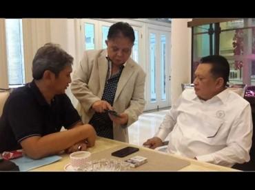 Jurnalis Senior Derek Manangka Tutup Usia