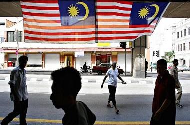 Warga Malaysia Galang Dana untuk Kurangi Utang Negara