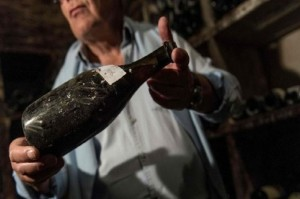 Minuman Anggur Tahun 1774 Terjual Rp1,7 Miliar