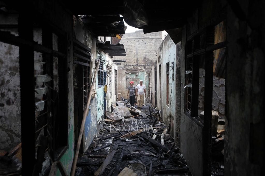 Kebakaran Hanguskan 40 Rumah di Bidara Cina