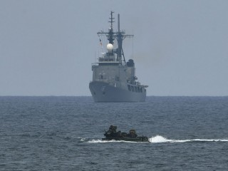 Tiongkok Protes Kapal AL AS di Laut China Selatan