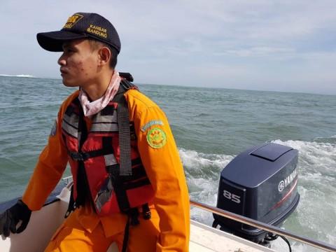 Tiga Nelayan Hilang di Perairan Santolo