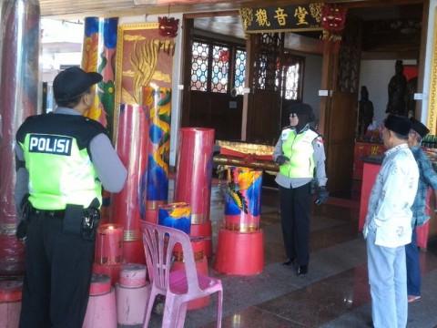 Ratusan Polisi Amankan Ibadah Waisak di Malang