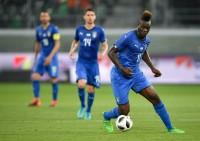 Balotelli Dedikasikan Golnya untuk Almarhum Davide Astori
