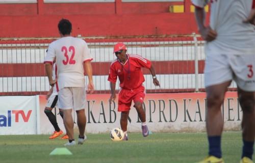 Ilustrasi cabor sepak bola. (Foto: medcom.id/Rhobi Shani)