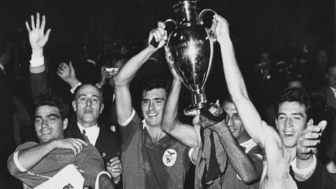 1961: Tundukkan Barcelona, Benfica Juara Piala Eropa