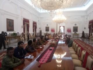 Pertemuan Keluarga Korban Pelanggaran HAM dan Jokowi Tertutup
