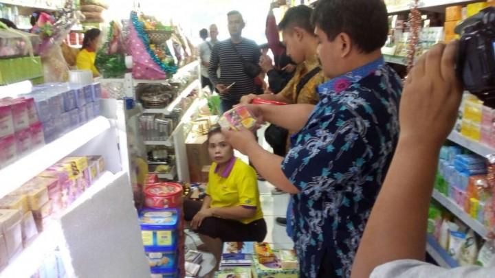 42 Dus Kurma Impor Diamankan di Cirebon